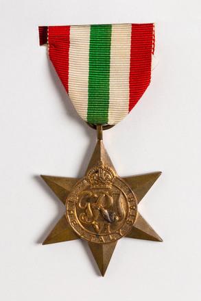Italy Star 2001.25.347.5