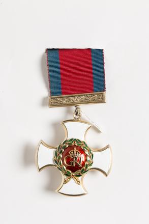 Distinguished Service Order 2001.25.1022.1