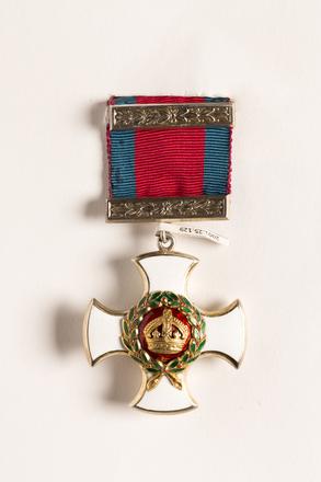 Distinguished Service Order 2001.25.129