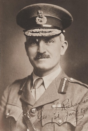 Portrait of Brigadier-General George Spafford Richardson 15/209, Archives New Zealand, R24183980). Image has no known copyright restrictions.
