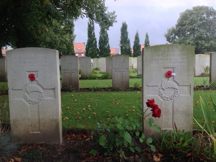 Photo of headstones for JA Robertson (s/n 39424) and CH Still (s/n 26/421) at Belgian Battery Corner Cemetery, Ypres, Belgium. Image kindly provided by Paul Hickford. Image may have copyright restrictions.