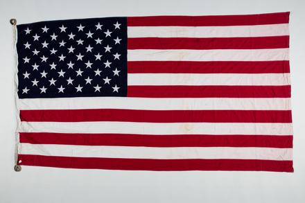 flag 1996x2.322