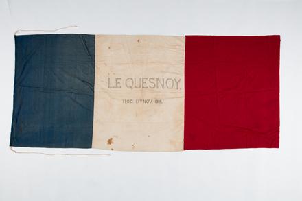 flag, F033, W1999