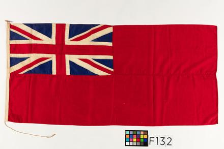 flag, 1981.155, F132