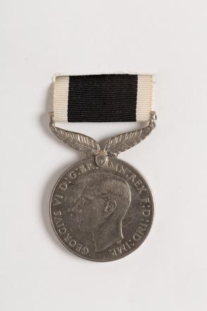 New Zealand War Service Medal 1939-45, 2001.25.140.8