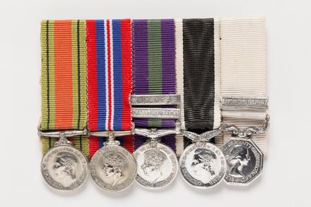 Defence Medal 1939-45 (miniature), 2001.25.495.1