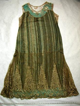 dress [1999.18.2]