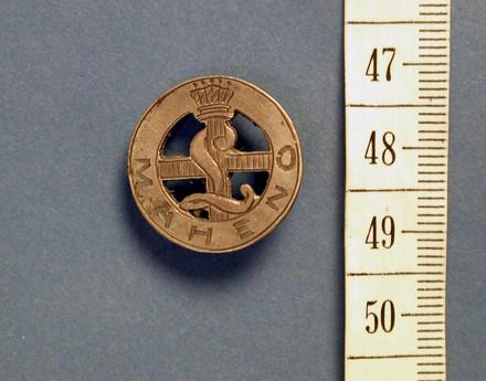 badge [2002.114.5]