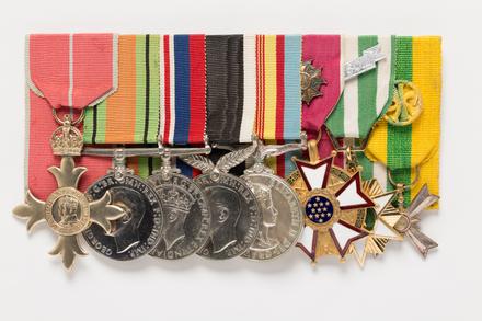 US Legion of Merit : Officer, 2001.25.932.6