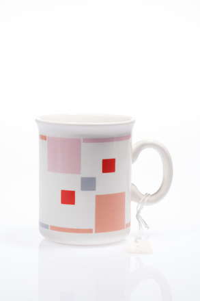 mug, 2014.19.3, #84, Photographed by Andrew Hales, digital, 28 Jun 2016, © Auckland Museum CC BY
