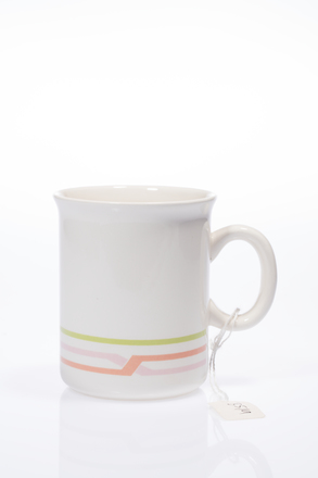 mug, 2014.19.31, #84, Photographed by Andrew Hales, digital, 29 Jun 2016, © Auckland Museum CC BY