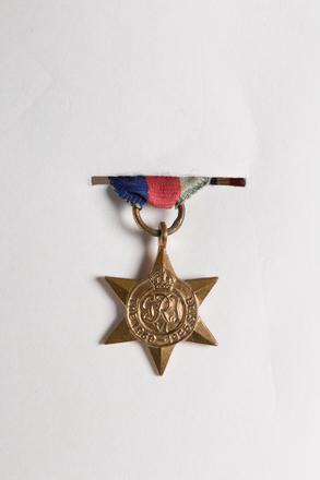 1939-45 Star (miniature) 2001.25.666.5