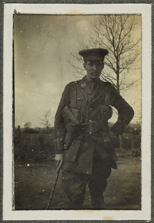 William Clachan, France 1915, Photographer unknown. Alexander Turnbull Library: PA1-o-095-99. Image has no known copyright restrictions.