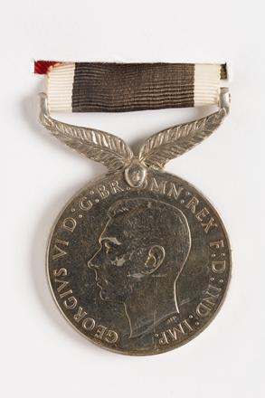New Zealand War Service Medal 1939-45, 2001.25.76.5