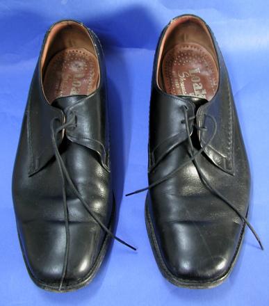 shoes [2004.82.5]