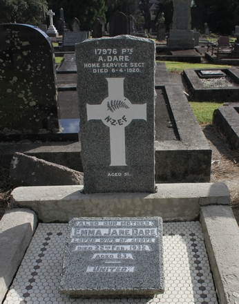 Pte Alfred Dare (17976), Purewa Cemetery. Image kindly provided by Hugh Grenfell (April 2016). © Auckland Museum CC BY.