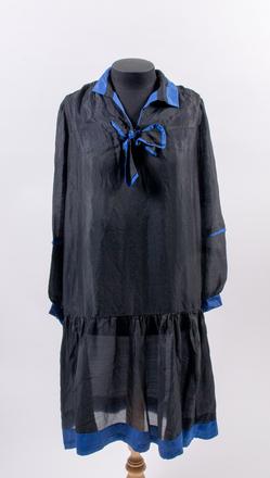 dress, woman's 2016.63.1