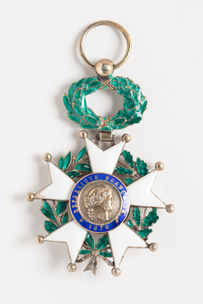 medal, order, N2583, Photographed by Dani Lucas , digital, 25 Oct 2016, © Auckland Museum CC BY