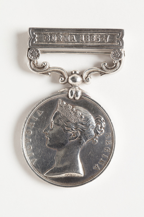 medal, campaign, 1936.31, N1081, W0941.10, S089, Photographed by Dani Lucas (Auckland City), digital, 26 Oct 2016, © Auckland Museum CC BY