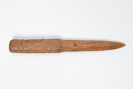 knife, 1924.98, 9601, Photographed by Andrew Hales, digital, 09 Nov 2016, Cultural Permissions Apply