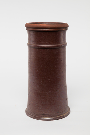 pot, chimney, 1985.358.19, col.3486, 19, Photographed by Andrew Hales, digital, 29 Nov 2016, © Auckland Museum CC BY
