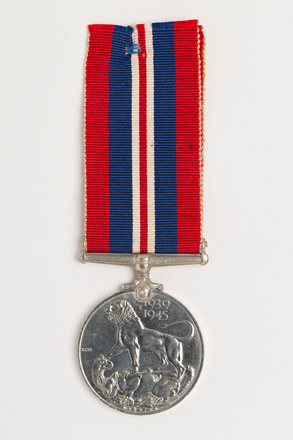 medal, campaign, 1971.55, N1481, Photographed by: Rohan Mills, photographer, digital, 22 Dec 2016, © Auckland Museum CC BY