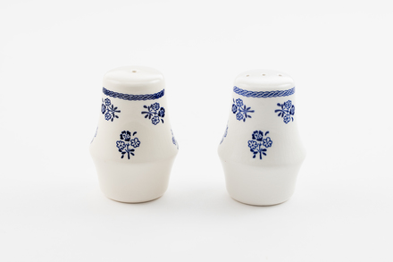 salt and pepper shakers, 2014.19.187, #84, Photographed by Richard NG, digital, 23 Dec 2016, © Auckland Museum CC BY