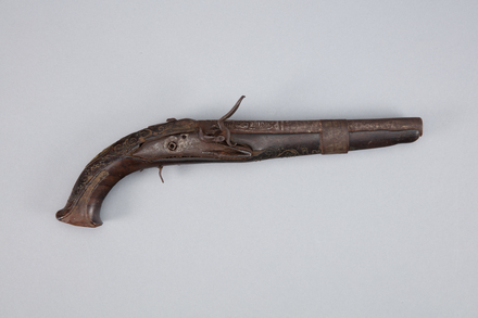 pistol, flintlock, 1925.79, W1433, 13613, 253270, Photographed by Richard NG, digital, 10 Jan 2017, © Auckland Museum CC BY