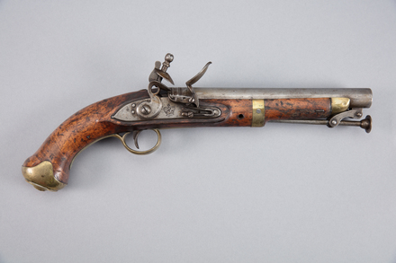 pistol, flintlock, W1439, 10957, Photographed by Richard NG, digital, 20 Jan 2017, © Auckland Museum CC BY