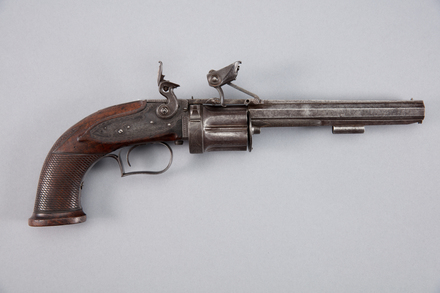 revolver, flintlock, W0100, 38005.63, Photographed by Richard NG, digital, 20 Jan 2017, © Auckland Museum CC BY