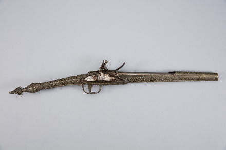 pistol, flintlock, 1932.233, A7092, 17658.8, 374028, 709, Photographed by Andrew Hales, digital, 23 Jan 2017, © Auckland Museum CC BY
