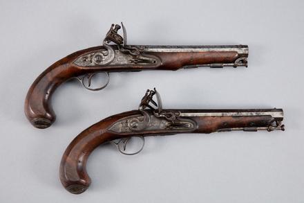 pistol, flintlock, 1946.223, W1085.1, W1085.2, 178885-6, W1085, Photographed by Andrew Hales, digital, 23 Jan 2017, © Auckland Museum CC BY