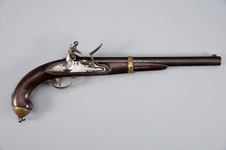 pistol, flintlock, 1923.32, W0280, 230372, Photographed by Andrew Hales, digital, 24 Jan 2017, © Auckland Museum CC BY