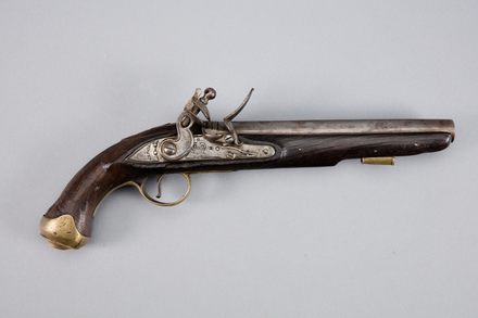 pistol, flintlock, W1510, Photographed by Andrew Hales, digital, 24 Jan 2017, © Auckland Museum CC BY