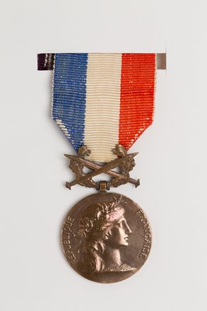 medal, decoration, N1906, Photographed by Rohan Mills, 26 Jan 2017, © Auckland Museum CC BY