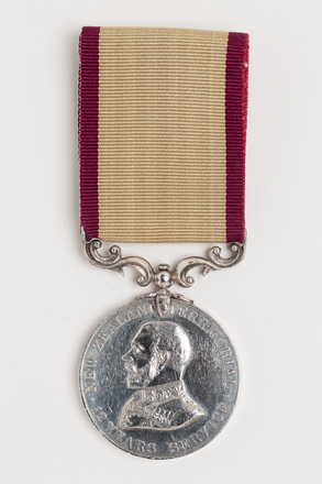 medal, long service, N1949, Photographed by Rohan Mills, 26 Jan 2017, © Auckland Museum CC BY