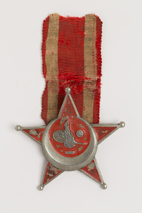 medal, decoration, N1955, Photographed by Rohan Mills, 26 Jan 2017, © Auckland Museum CC BY