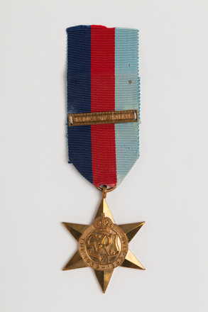 medal, campaign, 1996x2.80.2, s154, TD116, Photographed by: Julia Scott, photographer, digital, 22 Feb 2017, © Auckland Museum CC BY