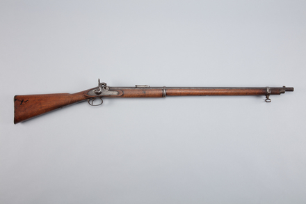 rifle, W0173b, 97354.9, Photographed by Richard NG, digital, 27 Feb 2017, © Auckland Museum CC BY