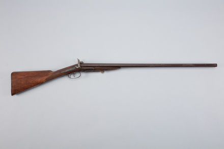 shotgun, 1946.68, W1048, Photographed by Richard NG, digital, 06 Mar 2017, © Auckland Museum CC BY