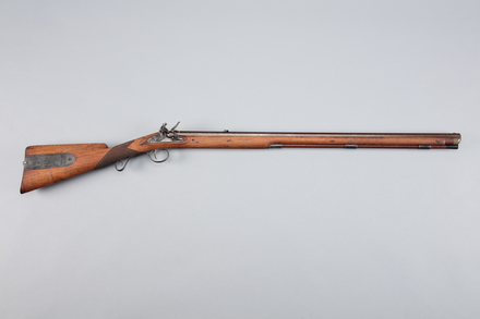 musket, flintlock, W1419, 10954, Photographed by Richard NG, digital, 09 Mar 2017, © Auckland Museum CC BY