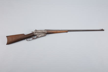 rifle, lever action, 1955.144, W1224, 433628 (Burnham), 367397 (Auckland), Photographed by Richard NG, digital, 09 Mar 2017, © Auckland Museum CC BY