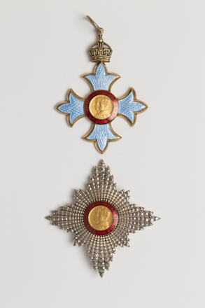 medal, order, 2014.7.2, il2011.13.53, il2011.13, 3, il2002.7.2, 16789, Photographed by Ben Abdale-Weir, digital, 12 Mar 2017, © Auckland Museum CC BY