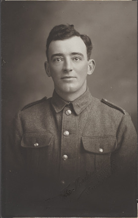 Portrait of Private Thomas Chirnside 15700 - Military Medal. R24184767, Archives New Zealand. Image has no known copyright restrictions.