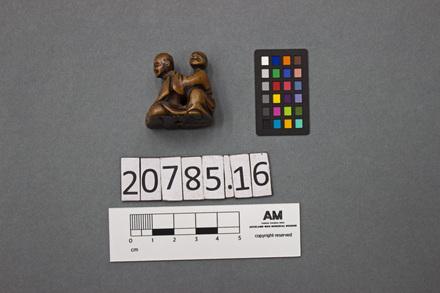 20785.9; 20785.16; 1934.316; netsuke; ID