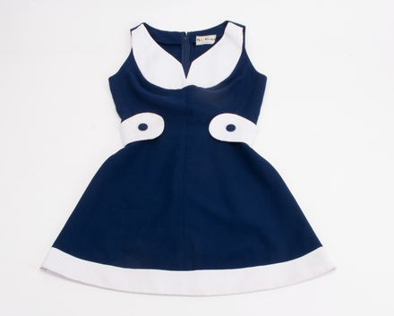 dress, 2017.24.1, Photographed by Anika Klee (Auckland City), digital, 18 Apr 2017, © Auckland Museum CC BY