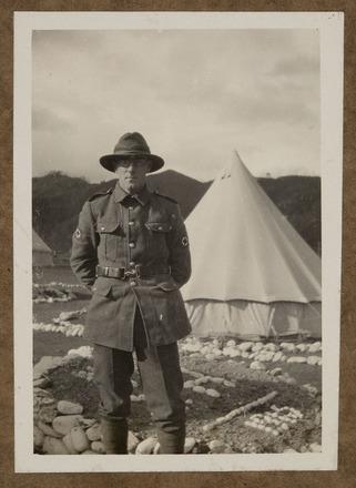 """Unknown, photographer, """"C.M.G"""" (1915) in Colin M. Gordon album (1915-1918). Auckland War Memorial Museum - Tāmaki Paenga Hira  PH-ALB-376-p1-5."""