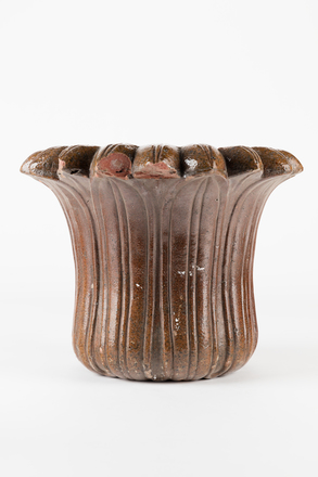 vase, garden, 1985.358.89, col.3556, 7, Photographed by Jennifer Carol, digital, 30 Jun 2017, © Auckland Museum CC BY
