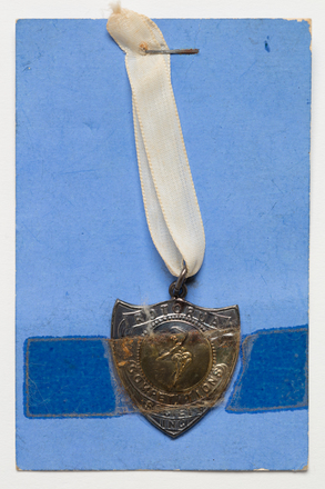 medal, prize, 1999.155.88, Photographed by Denise Baynham, digital, 10 Jul 2017, © Auckland Museum CC BY