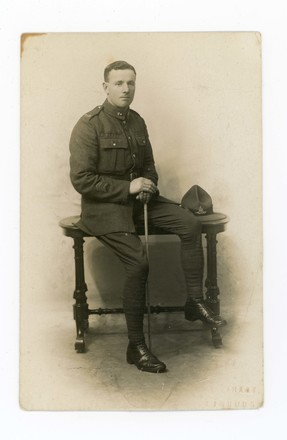 Portrait of Harry Thompson 9/574, in uniform. Kindly provided by the Thompson Family (July 2017). Image has no known copyright restrictions.
